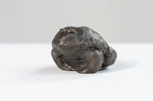 Frosch 1 Bronzeguss, 2004, 4 cm hoch , Auflage 12 Exemplare