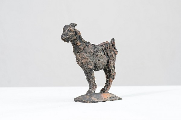 Ziege, Bronzeguss, 1994, 12 cm hoch , Auflage 20 Exemplare